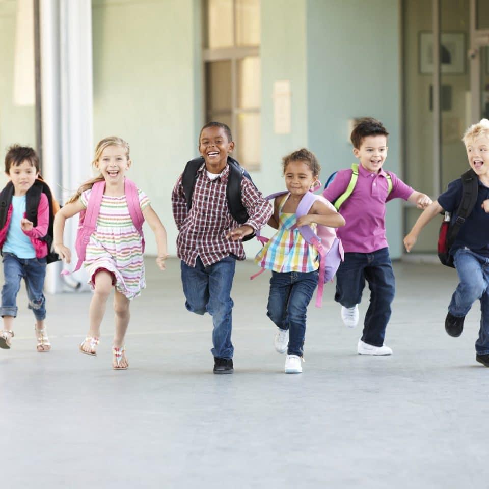 Rendez les enfants actifs  détendus